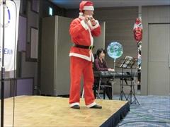 サンタのフルート演奏